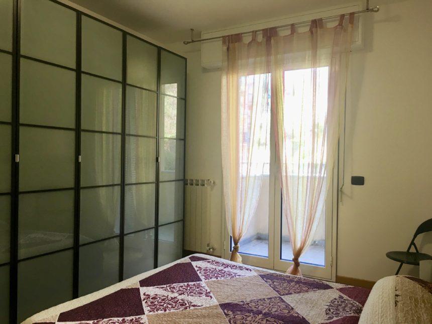 Bilocale in affitto a cogoleto 55 mq loggia vivibile for Camera da letto principale al piano di sotto