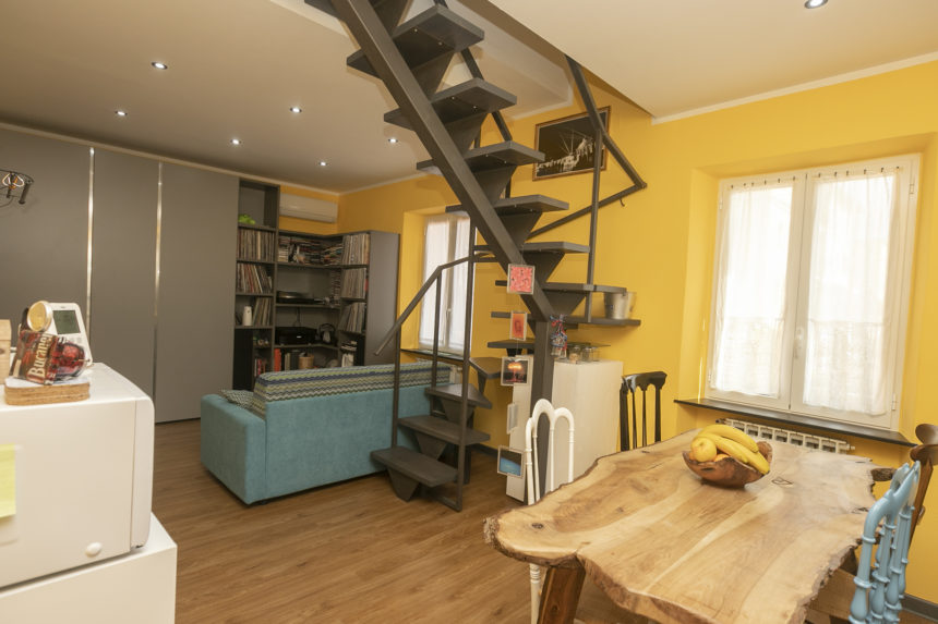 Appartamento su due piani a Cogoleto - Zona giorno
