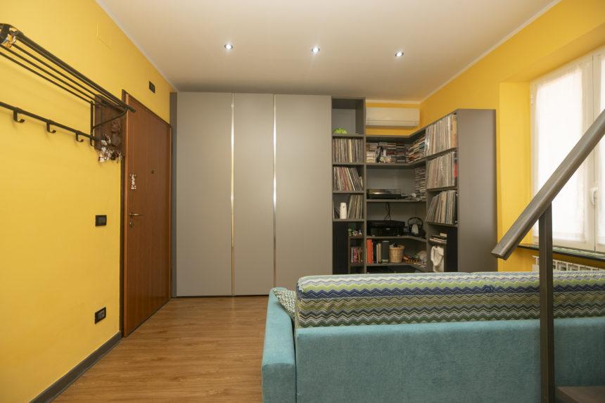 Appartamento su due piani a Cogoleto - Lo split in zona giorno