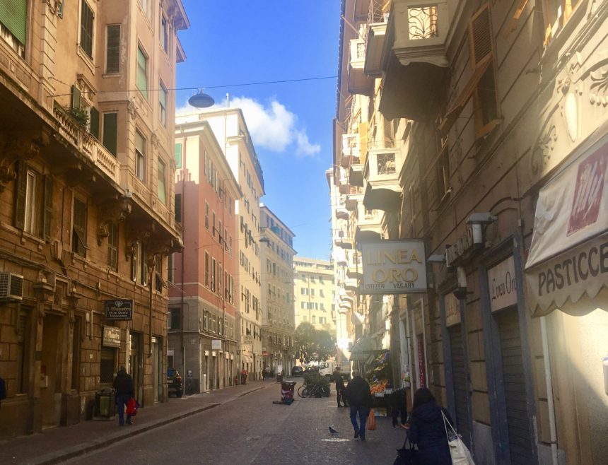 Appartamento con due camere a Genova in Via Carlo Rolando